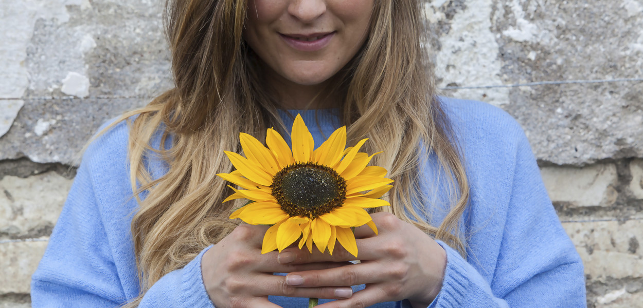 leonie-cornelius-sunflower-birr-colin-gillen-3