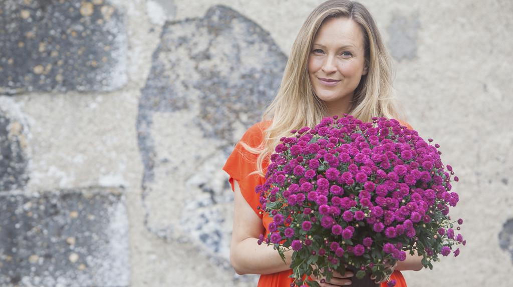 leonie-cornelius-colin-gillen-chrysanthemum-garden-designer