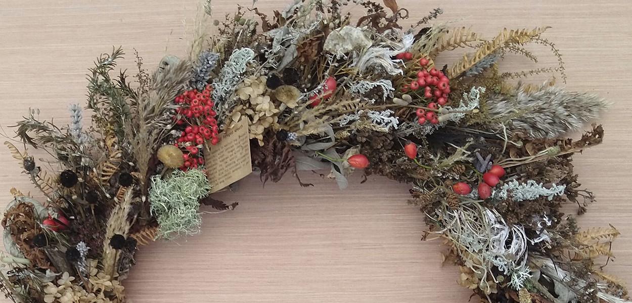 leonie-cornelius-garden-designer-ireland-garden-wreaths-claire-bracken-avoca4