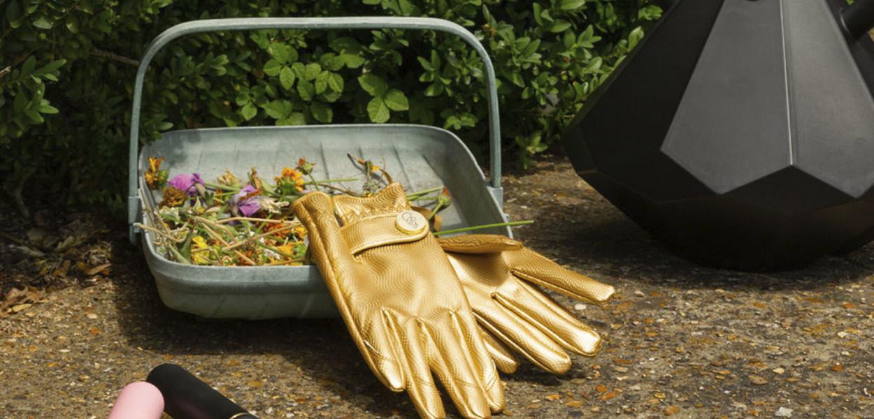 leonie-cornelius-garden-designer-ireland-gardengifts-christmasgift-2